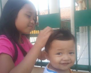 Cara Aman Menghilangkan Kutu Rambut untuk Anak dan Balita Cara Hilangkan Kutu Rambut pada Anak