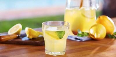 Manfaat Dan Bahaya Minum Jus Lemon Setiap Hari  Manfaat Dan Bahaya Minum Jus Lemon Setiap Hari